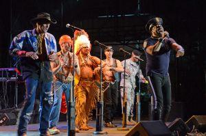 Village People, Gloria Gaynor, Rose Royce och the Trammps under en tributkonsert till Donna Summer i New York 2012.