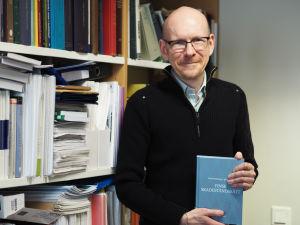 Professor i nordisk rätt, Johan Bärlund.