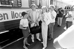 Siskon ja sen veljen kuvauksissa (1985).