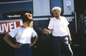 Neil Hardwick ohjaa Tuija Ernamoa (1985).