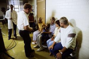 Neil Hardwick ohjaa Siskoa ja sen veljeä (1985).