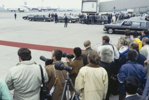 Röda mattan rullas ut, 1990