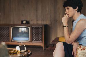 Ensimmäisenä kuussa elokuvassa Claire Foy