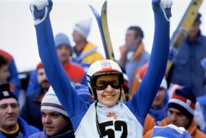 Matti Nykänen jublar i OS i Sarajevo 1984.