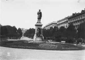 J. L. Runebergin muistopatsas