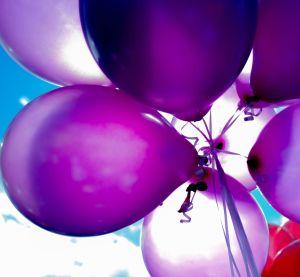 Violetteja ilmapalloja
