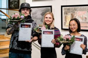 Shortdox 2019 voittajat kukitettuna