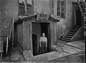 Sauna Marie-Badin sisäänkäynti pihan puolelta 193
