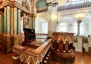 Interiör från Korallsynagogan i Vilnius som byggdes för att de rikaste judarna skulle ha en lyxig synagoga.