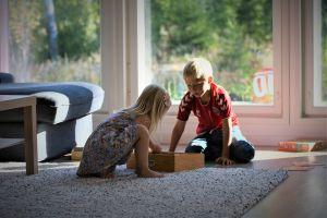 Jacs barn Majken och Julian Karlsson.