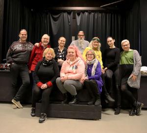 Teatteriryhmä Kimara Nelosteatterissa Kotkassa Kutsu Yle kahville -tilaisuudessa