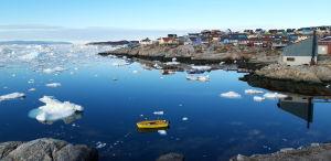 Jäinen merimaisema Illuisatissa Grönlannissa.