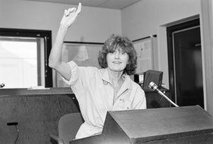 Ohjaaja Rauni Ranta radiostudiossa 1984.