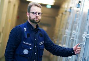 Riihimäen vankilan vankilapsykologi Mikko Ylipekka.