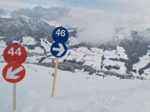 Nummerskyltar för skidpister i Österrike
