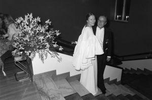 Vuokko ja Antti Nurmesniemi itsenäisyyspäivän juhlavastaanotolla Presidentinlinnassa Helsingissä 6.12.1980.