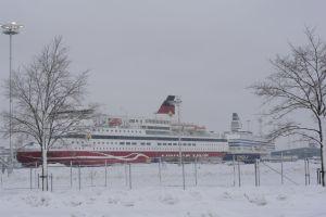 Ruotsinlaivoja Turun satamassa säilytyksessä.
