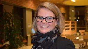 Monica Lemberg är numera rektor för alla svenska skolor i Lojo.