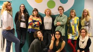 Ryhmäkuvassa Annantalon nuoret Kulttuurisissit