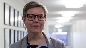 Krista Mikkonen ympäristöministeriössä