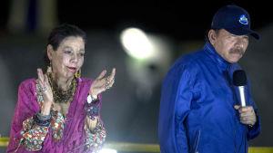 Nicaraguas president Daniel Ortega tillsammans med sin hustru, vicepresident Rosario Murillo.
