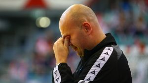 Österrikes tränare Patrekur Jóhannesson är väldigt besviken.