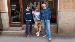 Sami Sykkö, Sonja Kailassaari och Mårten Svartström.