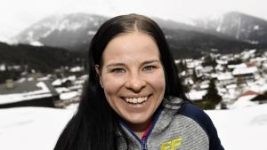 Krista Pärmäkoski träffade media i Seefeld på fredagen.