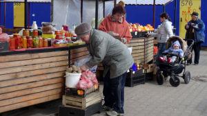 Ett litet torg i staden Babrujsk.