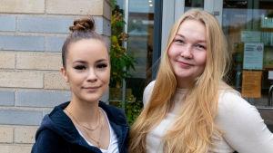 Nelly Lehtinen och Ina Nordström.