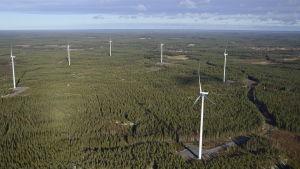 Katternös vindkraftverk i Merijärvi
