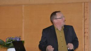 Baltic Sea Action Groups styrelseordförande Ilkka Herlin talade på Havsmanualens slutseminarium i Raseborg.