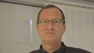 Profilbild på Roy Sjöblom.
