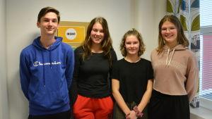 Daniel Berg, Janina Valkola, Maya Kronqvist och Isabel Rautamo