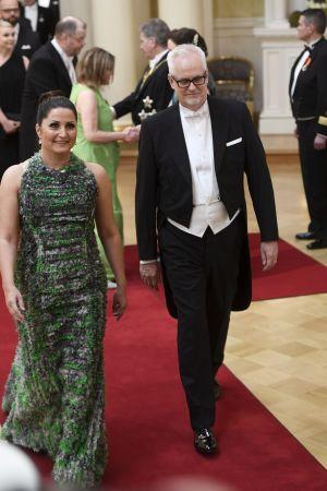 Petri Sarvamaa och Sari Helin på slottsbalen.