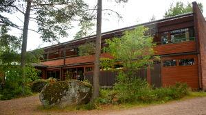 Sea Hotel Mäntyniemi i Pyttis, Mogenpört blir flyktingförläggning