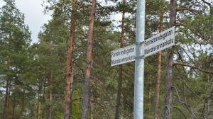 Bild på vägskylt, gatans namn är Fornstrandsgatan.