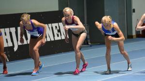 Camilla Richardsson, Sandra Eriksson och Oona Kettunen vid start, Botniagames 2015.