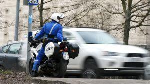 Polisen övervakade hastigheterna runtom i landet 16.4.2015