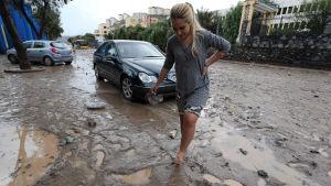 Lera på gatorna i Las Palmas efter häftiga regn.