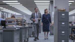 Ben Bradlee (Tom Hanks) och Katharine Graham (Meryl Streep)