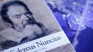 En bok om Galileo Galilei.