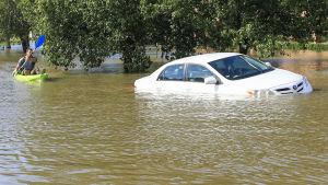 Vattentäckta gator i Houstonområdet.