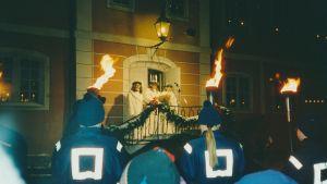 Luciatrio på Rådhusets trappa