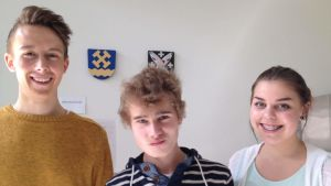 Skribenterna Bille Siren, Alexander Eriksson, Emma-Lotta Orava på Nya Östis.