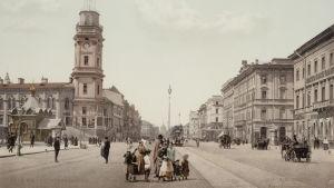 Vanha arkistokuva Nevski Prospektilta