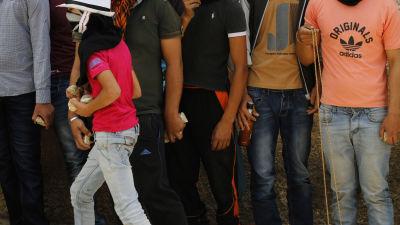 Fyra doda i israeliskt flygangrepp