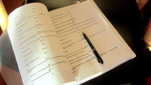 pjäsmanuskript