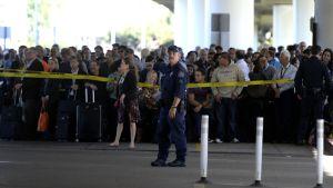 Polisen spärrade av området vid Los Angelses flygplats