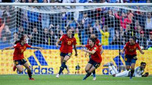 Spanska spelare jublar